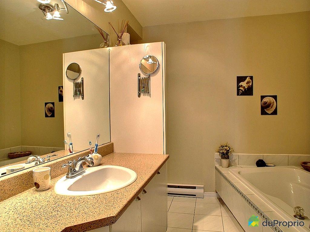 Jumel vendu st hubert immobilier qu bec duproprio 406971 for Salle de bain quebec