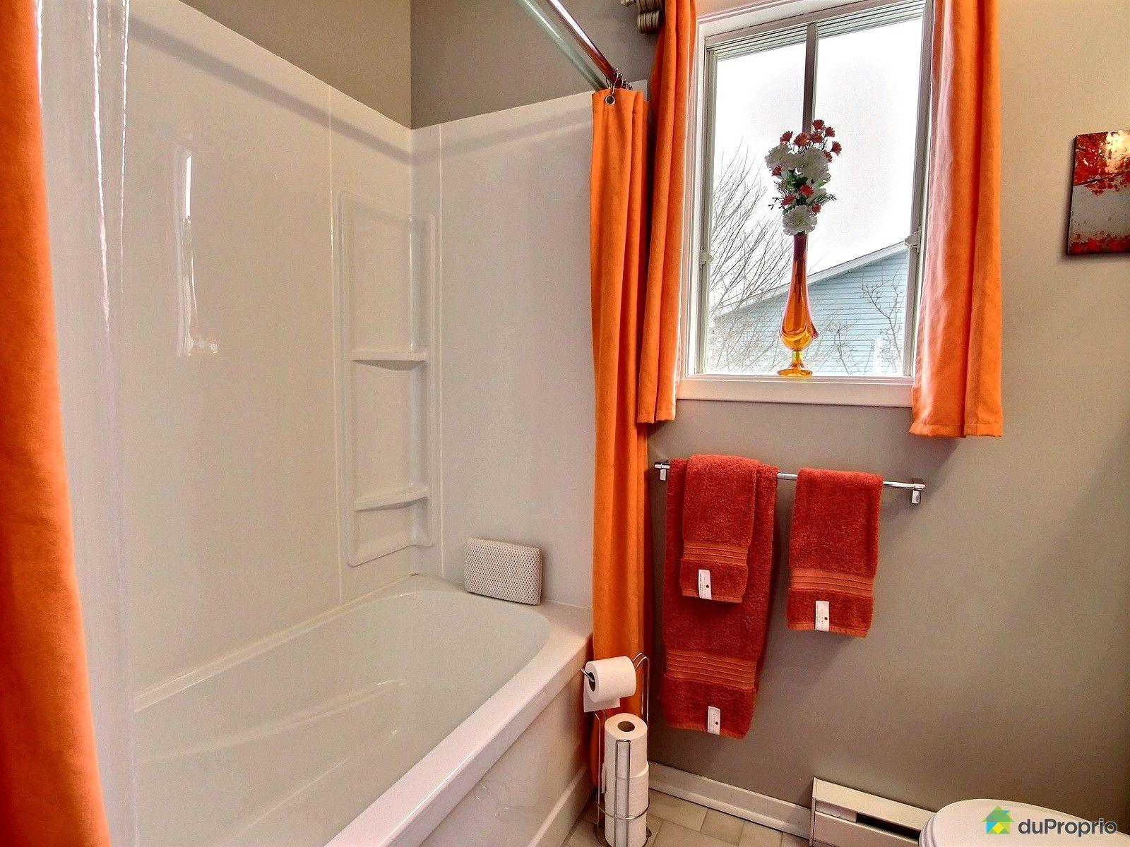 Jumel vendu st jean sur richelieu immobilier qu bec for Salle de bain st jean