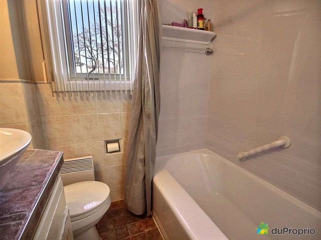 Jumel vendu montr al immobilier qu bec duproprio 482250 for Salle de bain xavier laurent