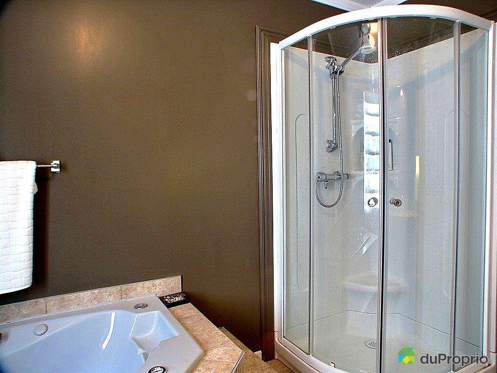 Maison vendu jonqui re immobilier qu bec duproprio 225562 - Reno salle de bain quebec ...