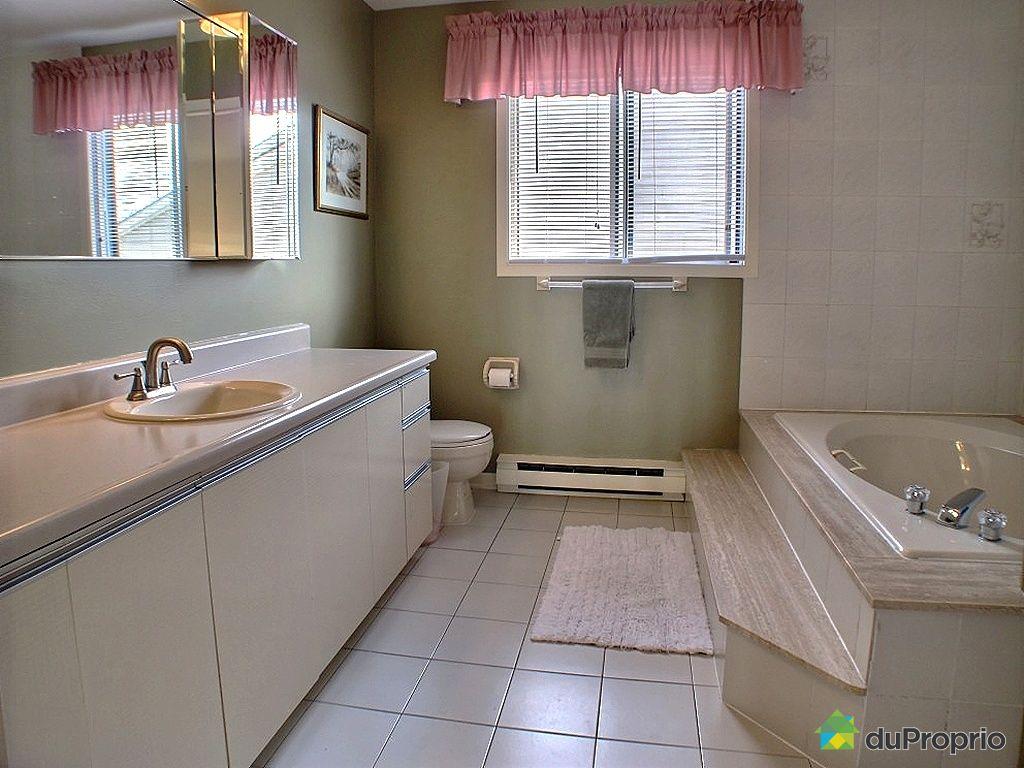 Maison vendu montr al immobilier qu bec duproprio 282181 for Salle de bain claire