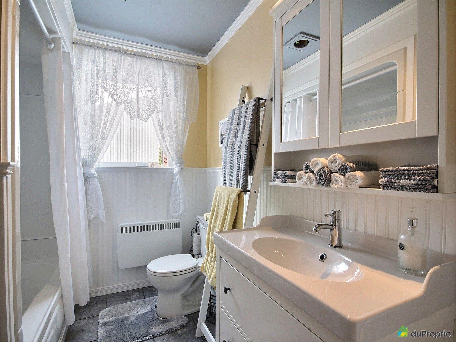 Carreler la salle de bains 2 - Un gars une fille dans la salle de bain ...