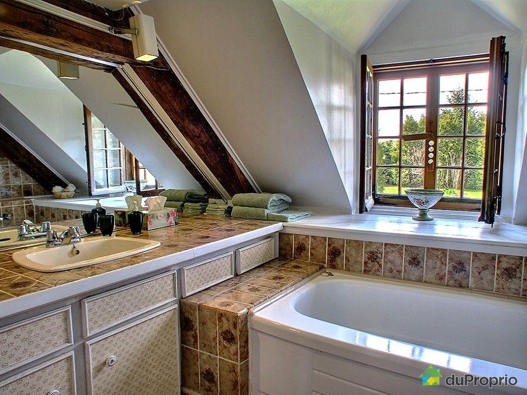 Maison vendre ile d 39 orl ans st laurent 556 chemin royal immobilier qu bec duproprio 247608 - Piscine couverte maison orleans ...