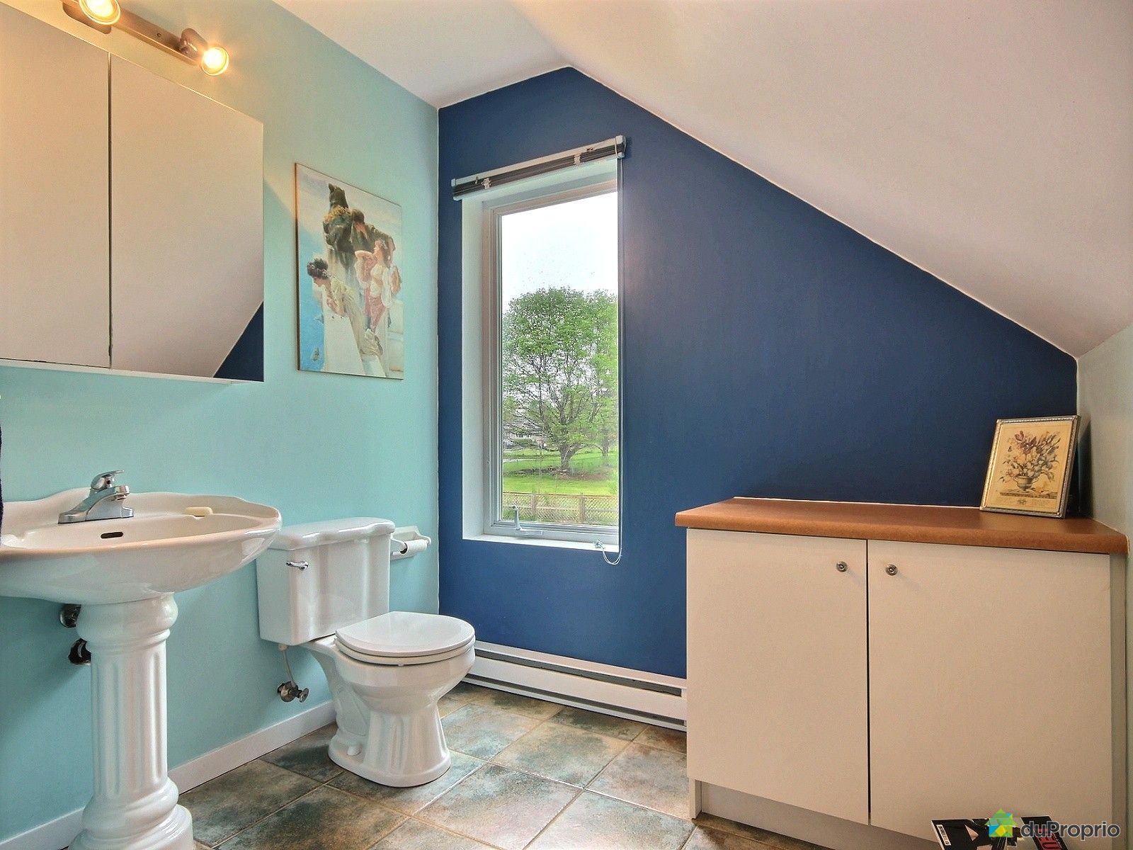 maison vendre ile d 39 orleans ste p tronille 8 rue d 39 orl ans immobilier qu bec duproprio. Black Bedroom Furniture Sets. Home Design Ideas