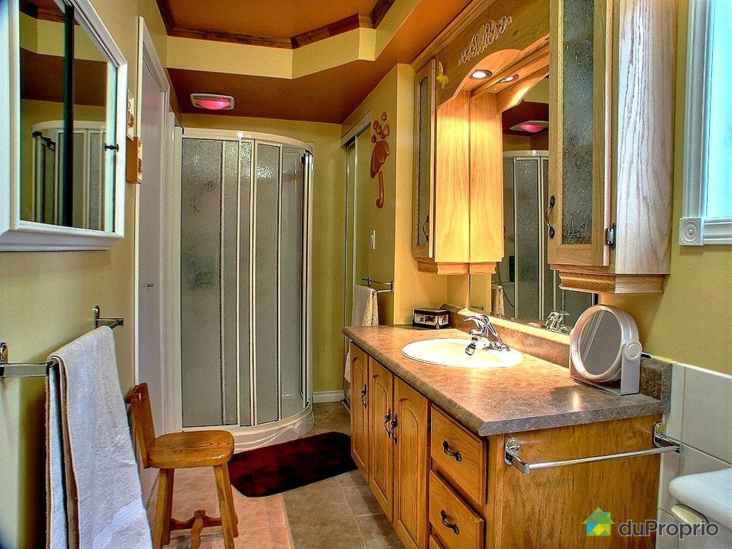 Maison vendu st henri de taillon immobilier qu bec for Salle de bain saint brieuc