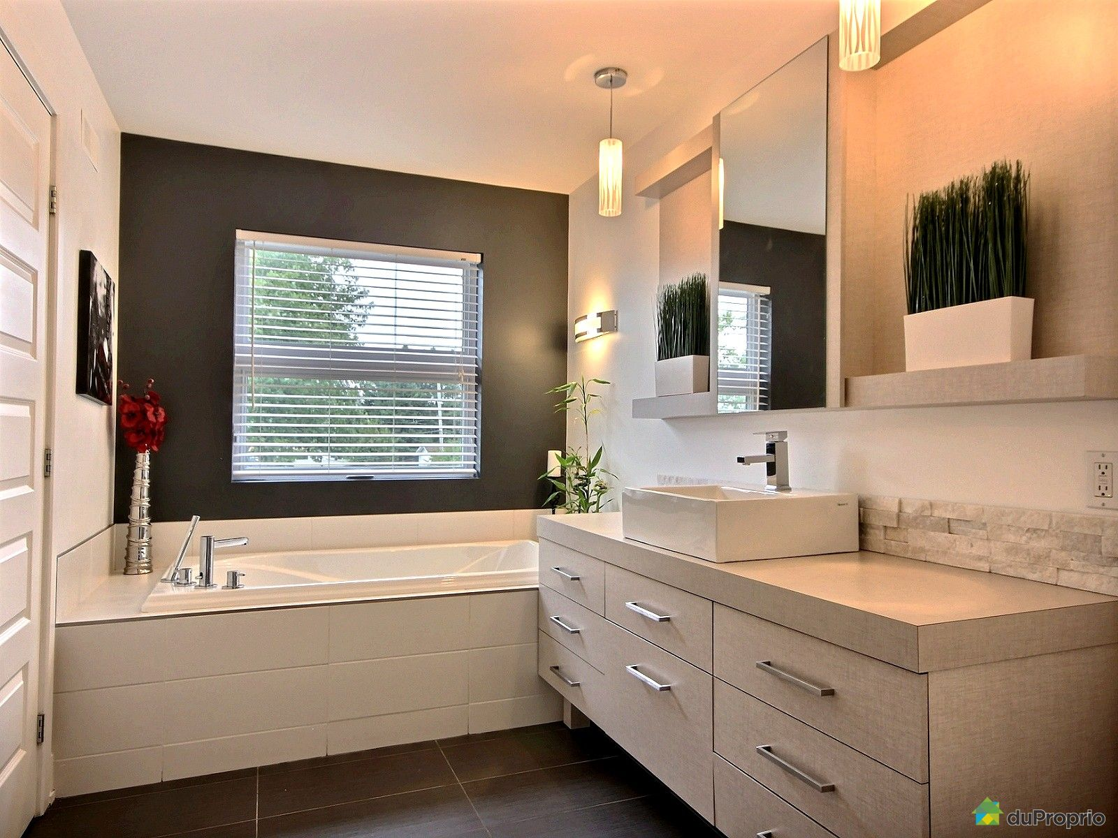 maison vendre blainville 7 rue marie antoinette immobilier qu bec duproprio 548788. Black Bedroom Furniture Sets. Home Design Ideas