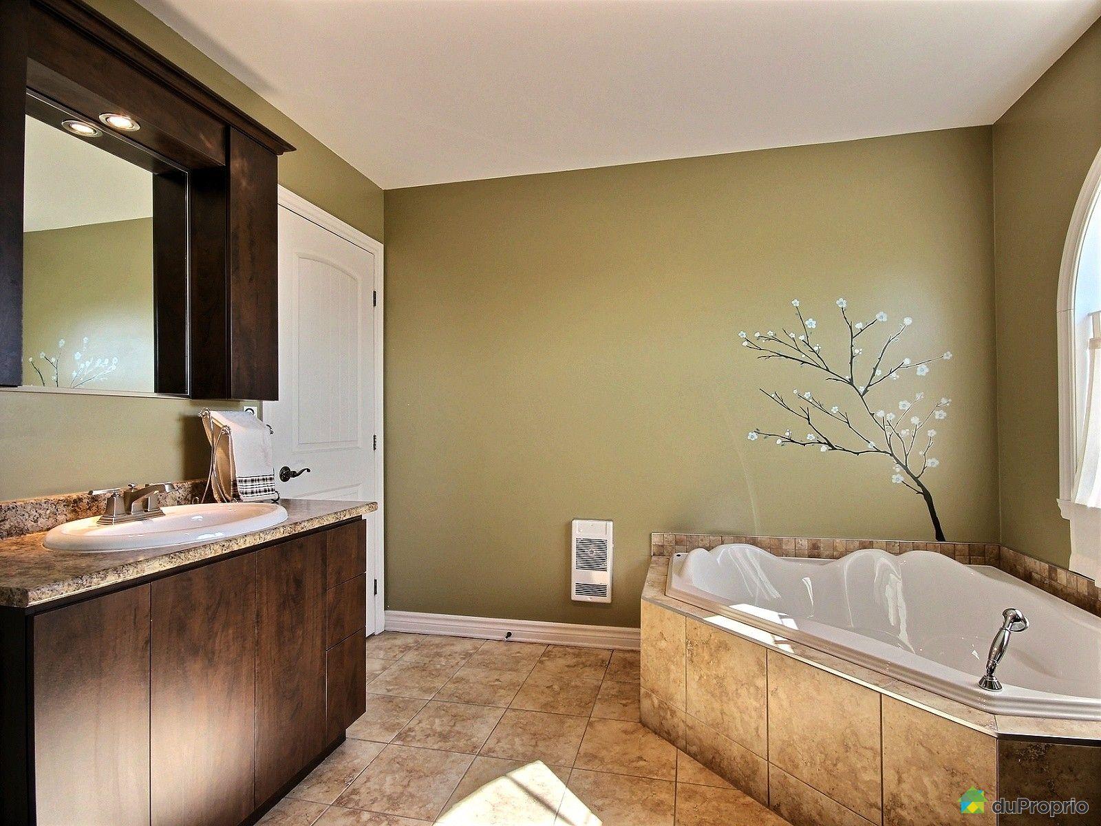 Maison vendu chambly immobilier qu bec duproprio 609753 for Chambre de bain 2016