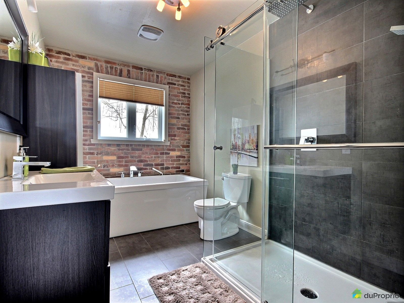 maison vendre ile d 39 orleans st jean 5018 chemin royal immobilier qu bec duproprio 495739. Black Bedroom Furniture Sets. Home Design Ideas