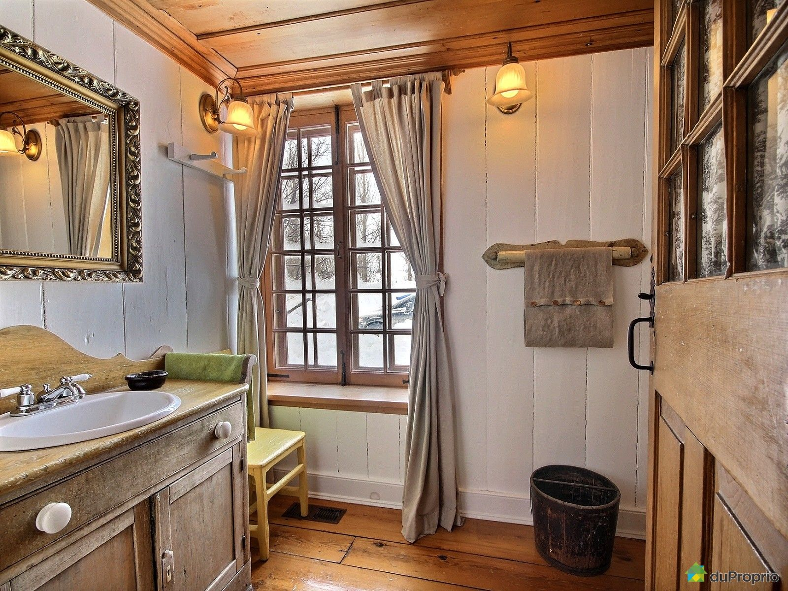 maison vendre ile d 39 orleans st jean 1473 c te blais immobilier qu bec duproprio 578235. Black Bedroom Furniture Sets. Home Design Ideas