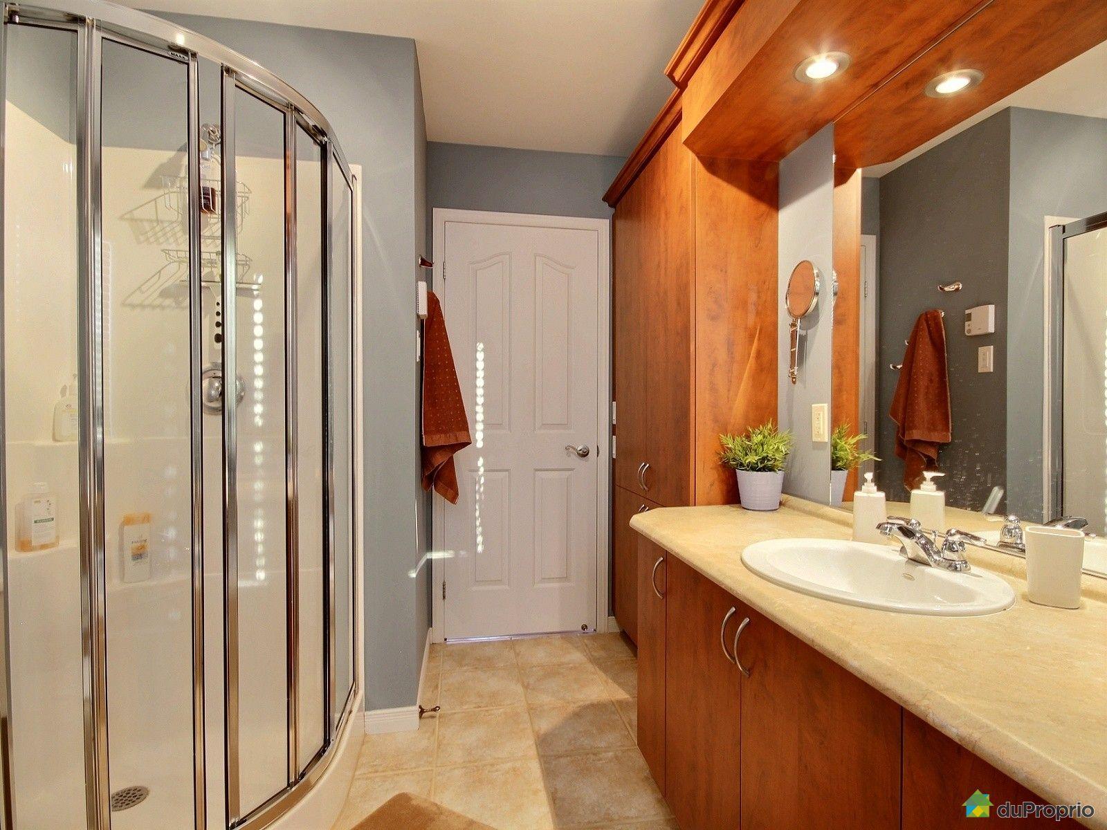 maison vendre ile d 39 orl ans st laurent 90 c te gosselin immobilier qu bec duproprio 669359. Black Bedroom Furniture Sets. Home Design Ideas