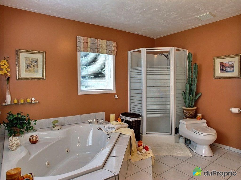 lumiere chaude ou froide pour salle de bain salle de bain lumiere chaude ou froide salle de. Black Bedroom Furniture Sets. Home Design Ideas