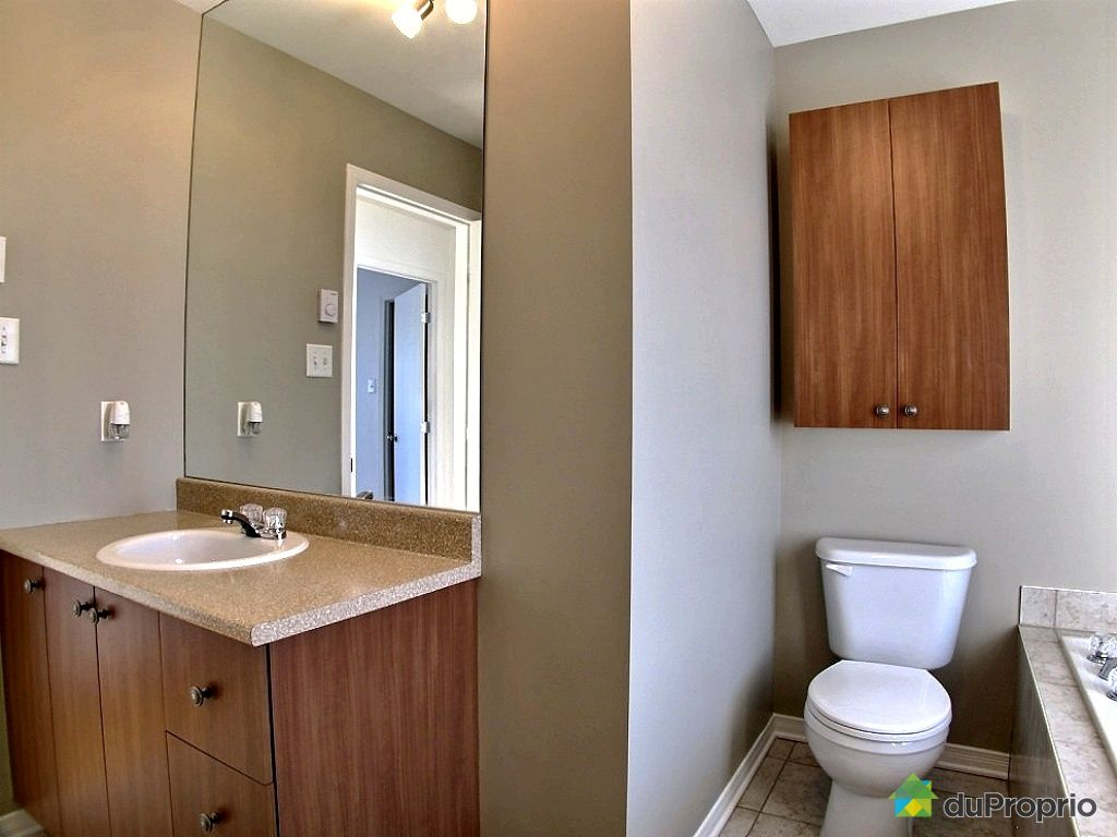 Maison vendu la prairie immobilier qu bec duproprio for Plomberie salle de bain au sous sol