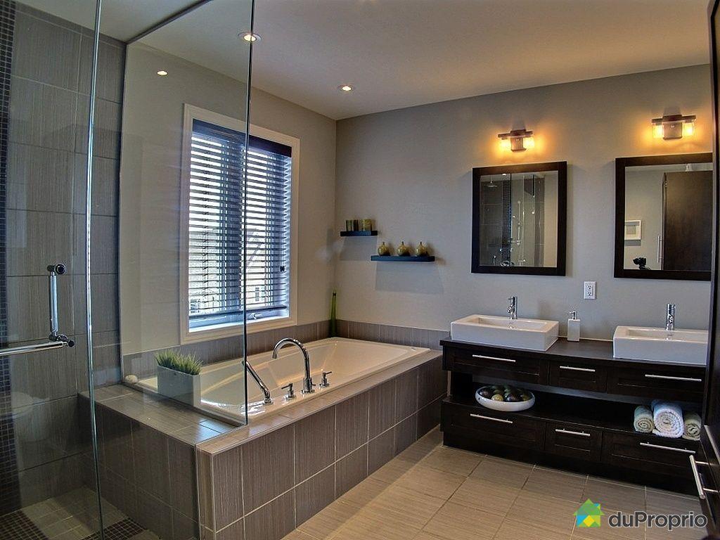 Maison vendu lachenaie immobilier qu bec duproprio 420559 for Salle de bain japon