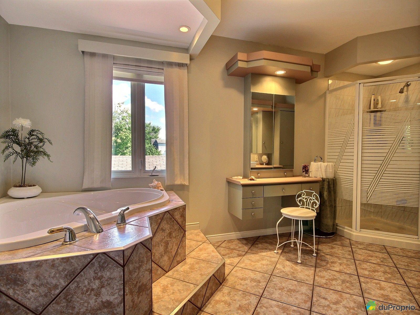 salle de bain ancienne a vendre avec des id es int ressantes pour la conception. Black Bedroom Furniture Sets. Home Design Ideas