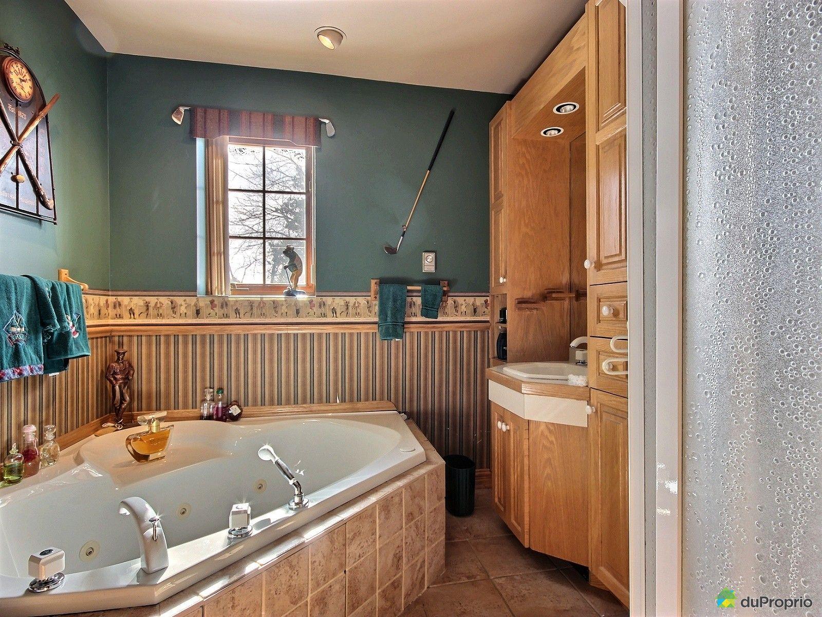 Bungalow sur lev vendu laval des rapides immobilier for Salle de bain laval