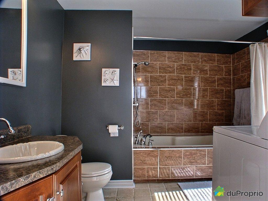 Maison vendu laval ouest immobilier qu bec duproprio for Accessoire salle de bain laval