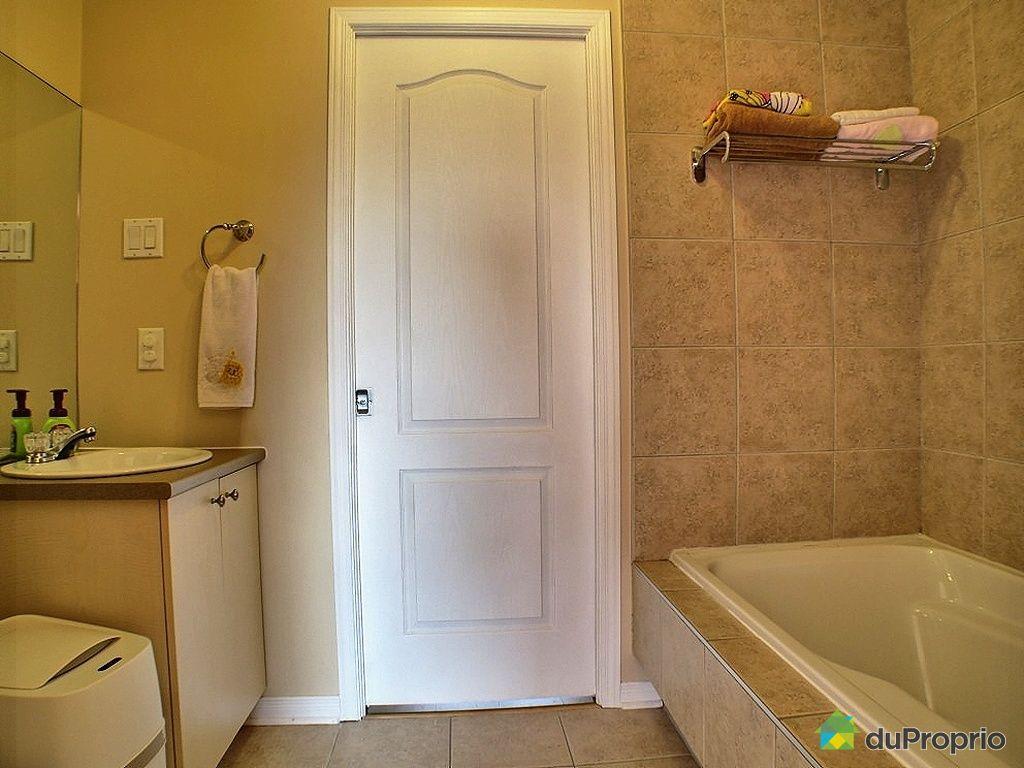Maison vendu longueuil immobilier qu bec duproprio 319900 for Salle de bain longueuil