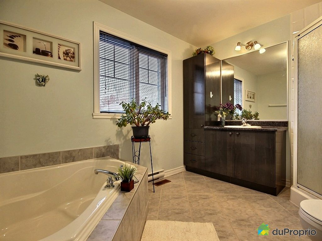 Maison vendu longueuil immobilier qu bec duproprio 468254 for Salle de bain longueuil