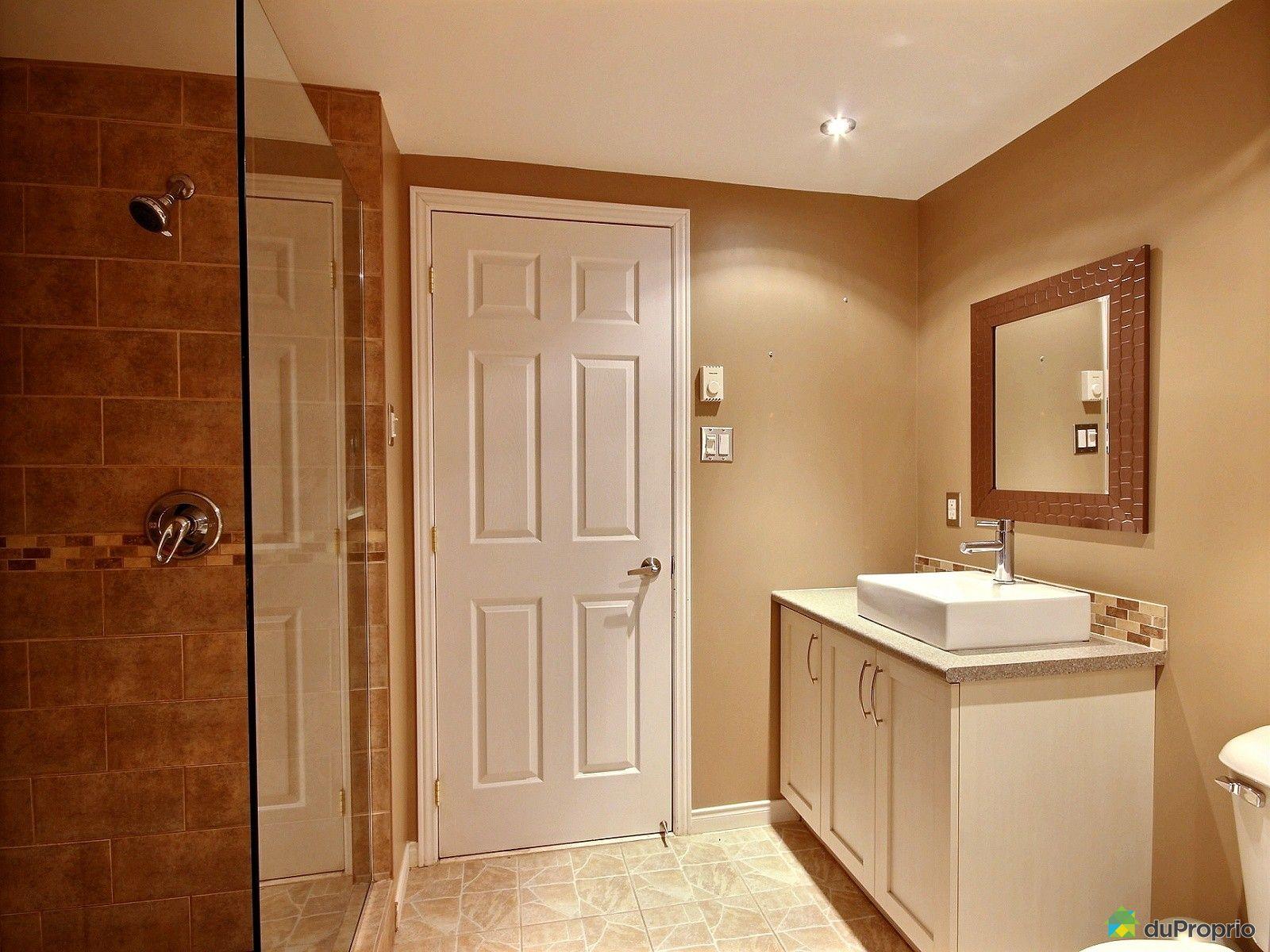 maison vendre mascouche 437 rue parent immobilier qu bec duproprio 576999. Black Bedroom Furniture Sets. Home Design Ideas