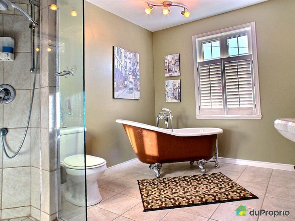 maison vendre rivi re du loup 111 rue des tulipes immobilier qu bec duproprio 498009. Black Bedroom Furniture Sets. Home Design Ideas