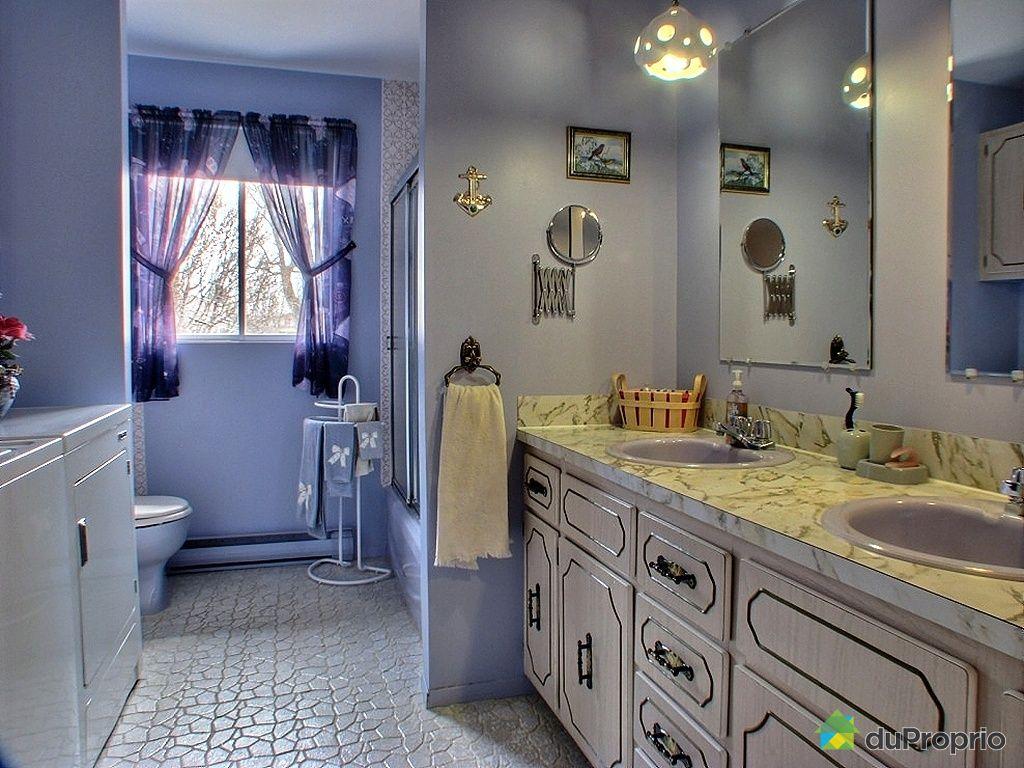 Maison vendu roxton falls immobilier qu bec duproprio for Chambre bain tourbillon montreal