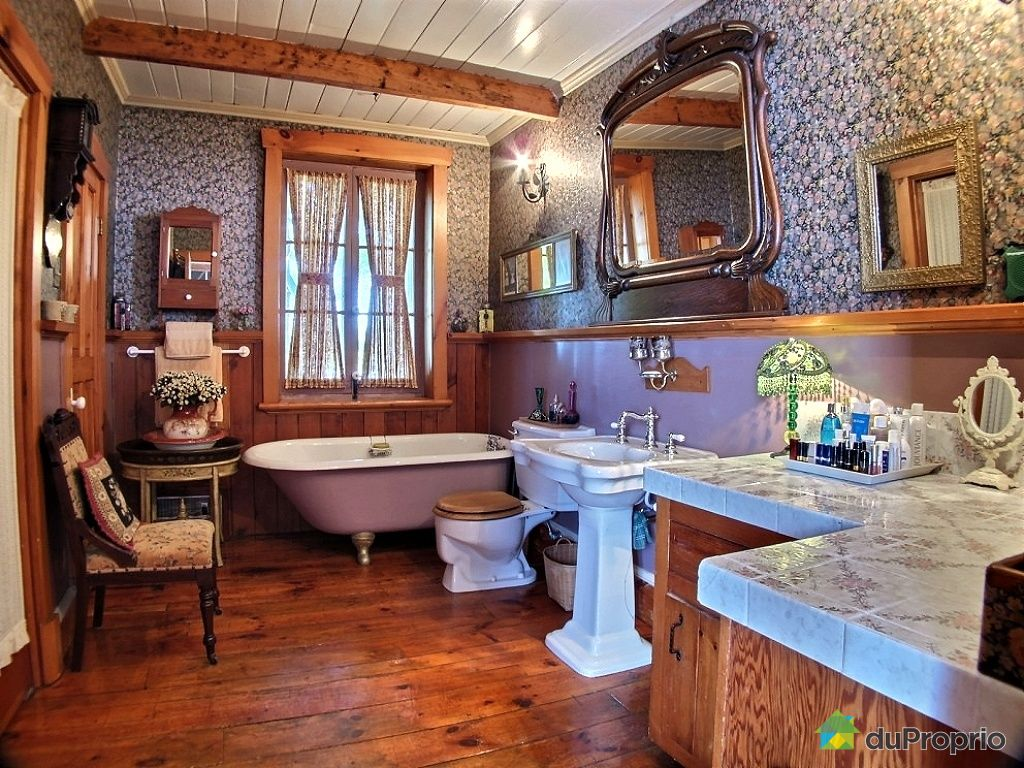 Maison vendre sorel tracy 15900 chemin saint roch for Salle de bain quebec
