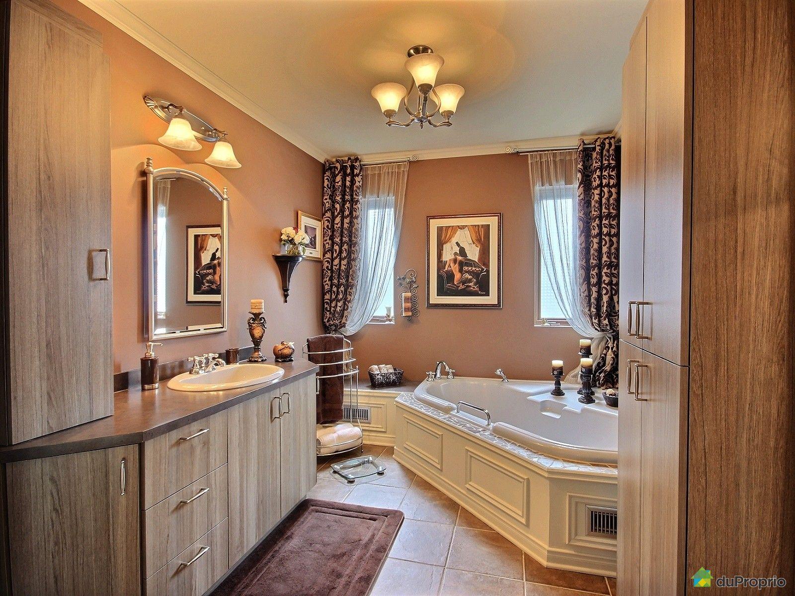 Maison vendre st eustache 425 rue mallette immobilier for Salle de bain 25 st eustache