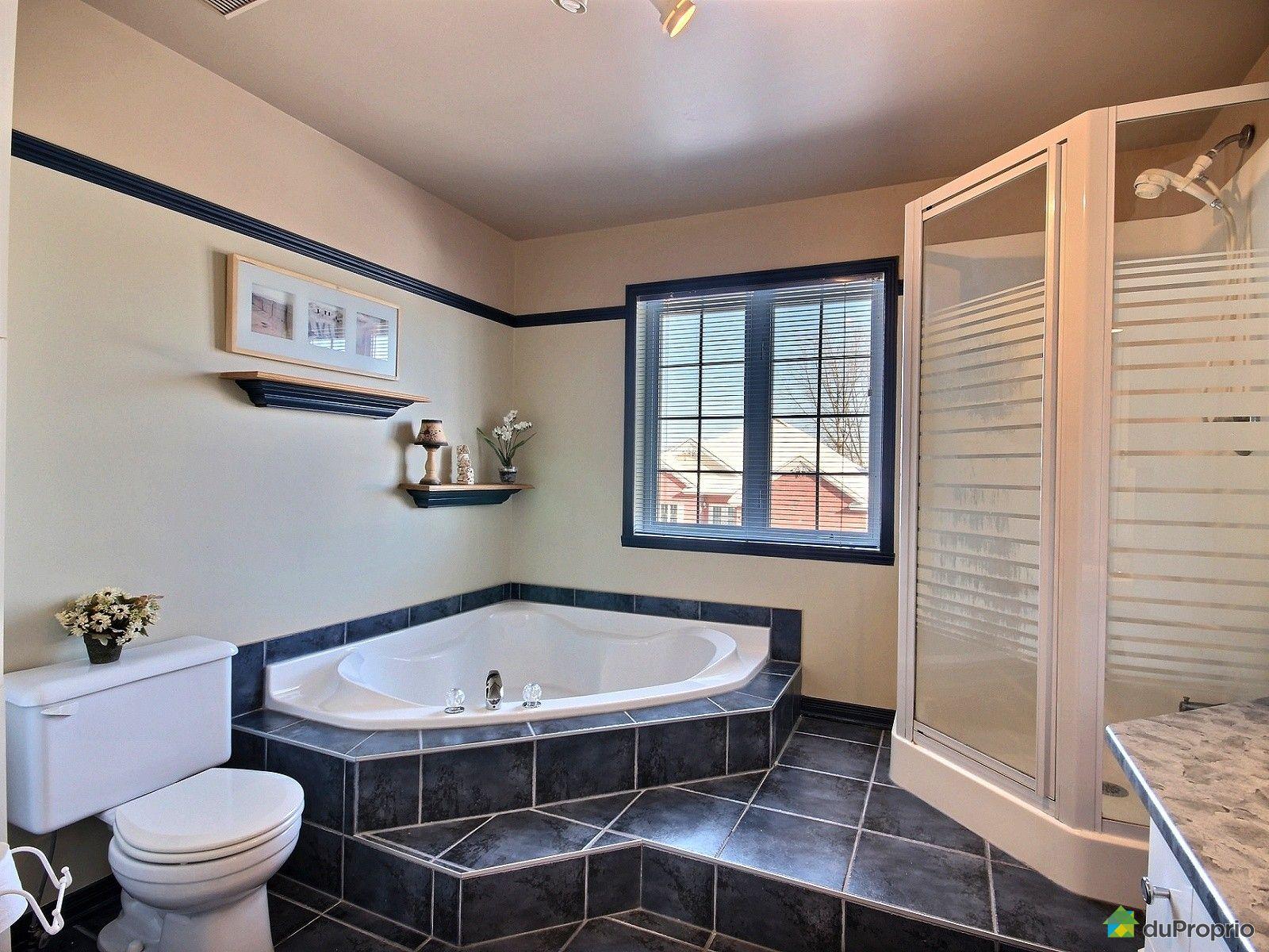 Maison vendre st eustache 842 rue cl ment immobilier for Salle de bain 25 st eustache