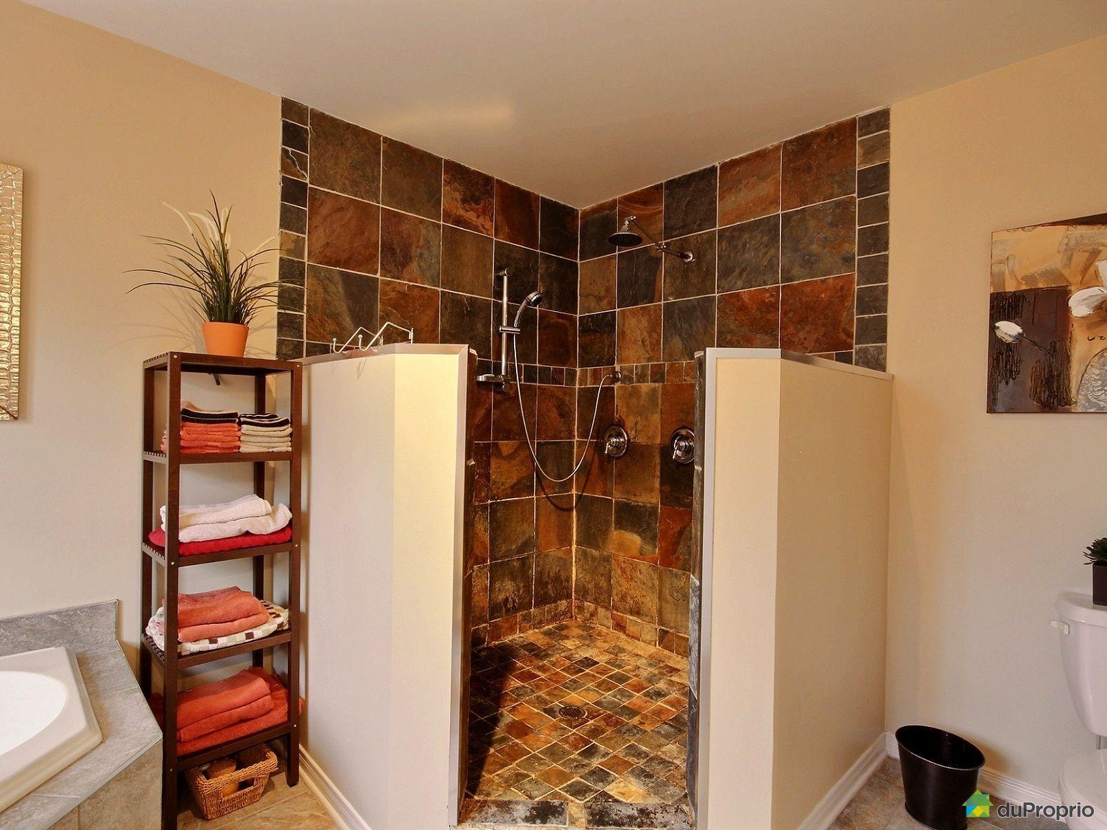 Maison vendre st jean sur richelieu 183 rue fournier for Salle de bain st jean