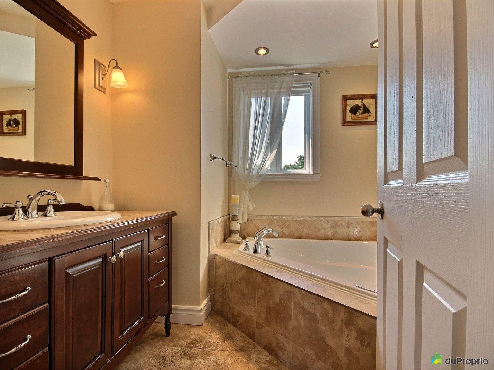 Maison vendre st jean sur richelieu 485 8e avenue for Salle de bain st jean