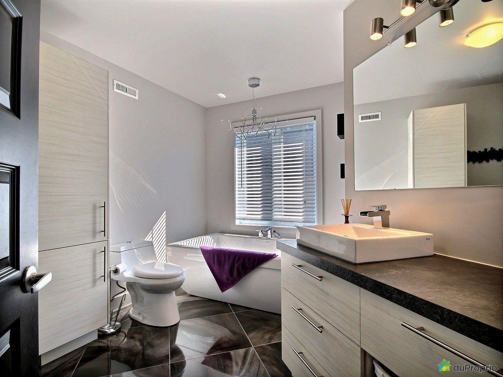 Maison vendu st j r me immobilier qu bec duproprio 522490 for Accessoire salle de bain st jerome