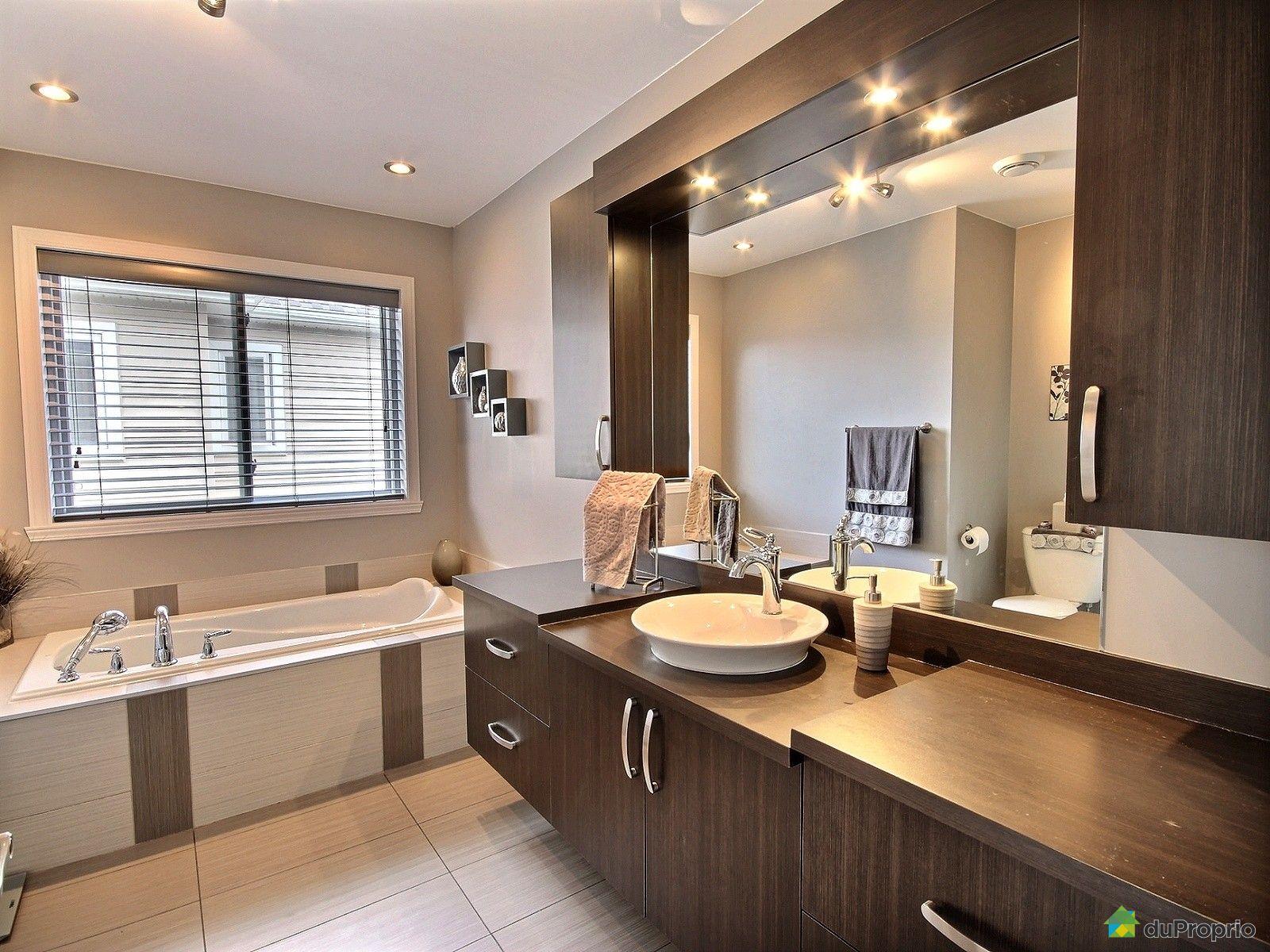 maison vendre st j r me 1626 avenue du rochechouart immobilier qu bec duproprio 699692. Black Bedroom Furniture Sets. Home Design Ideas