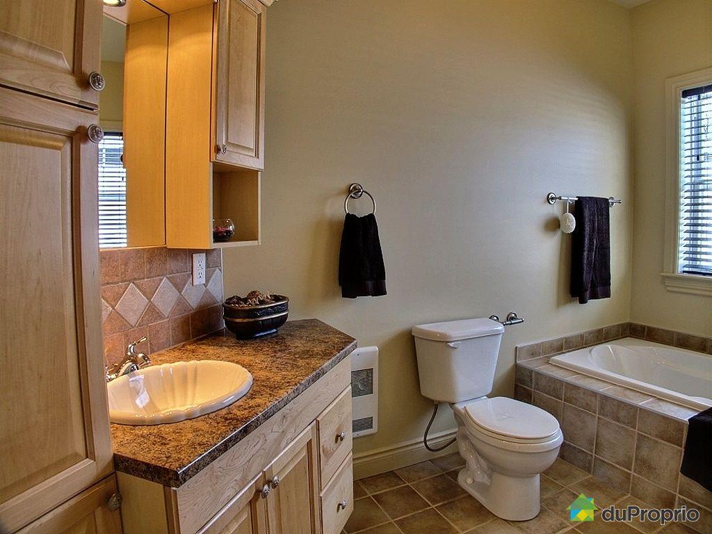 Maison vendu st j r me immobilier qu bec duproprio 405065 for Accessoire salle de bain st jerome
