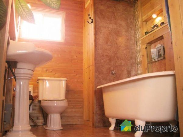 Maison vendre st ulric 2732 route 132 immobilier for Salle de bain 13m2