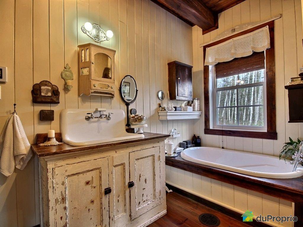 vanite salle de bain a vendre avec des id es int ressantes pour la conception de. Black Bedroom Furniture Sets. Home Design Ideas
