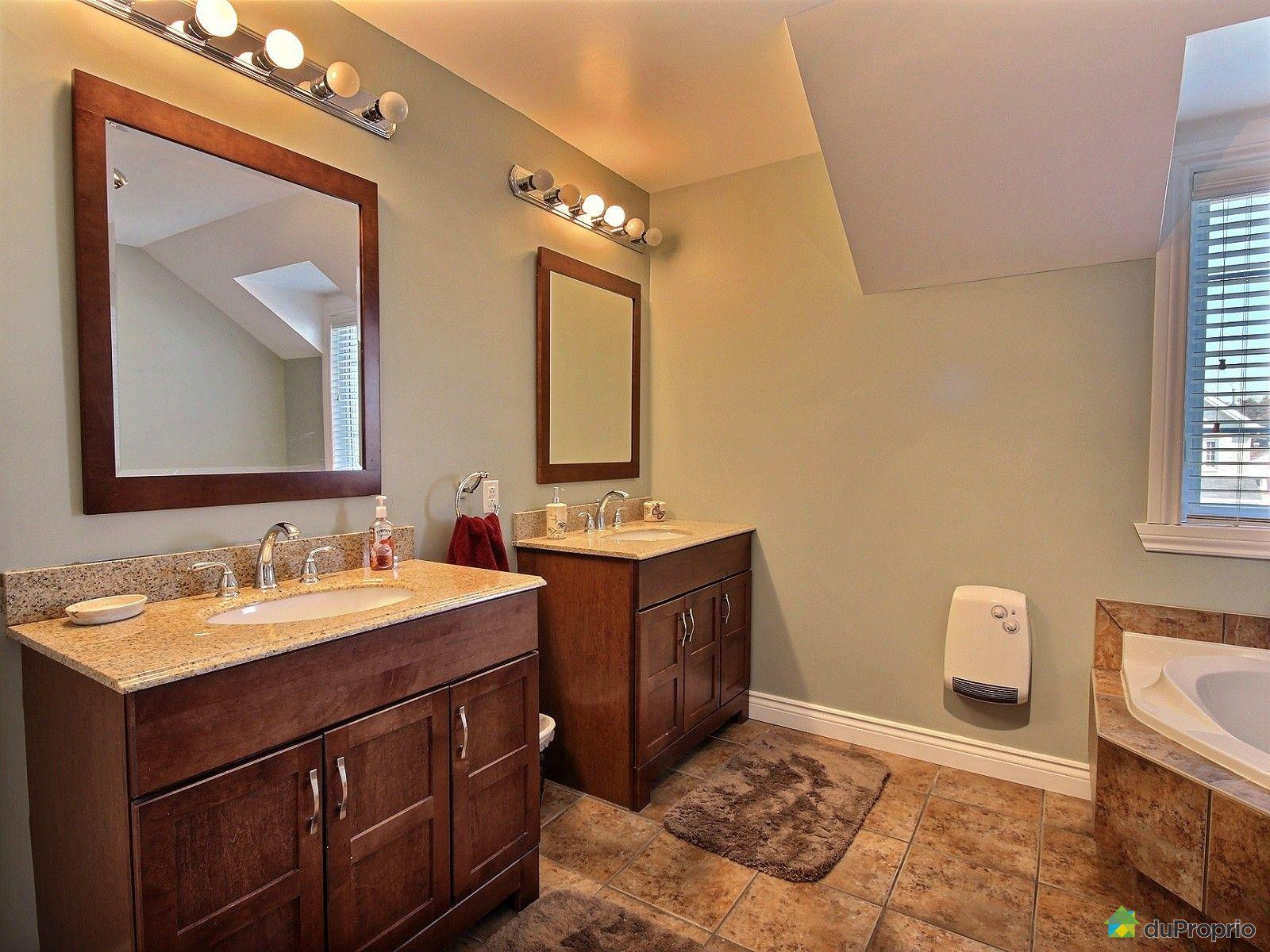 maison vendre ste rose 6588 rue charles daudelin immobilier qu bec duproprio 470942. Black Bedroom Furniture Sets. Home Design Ideas