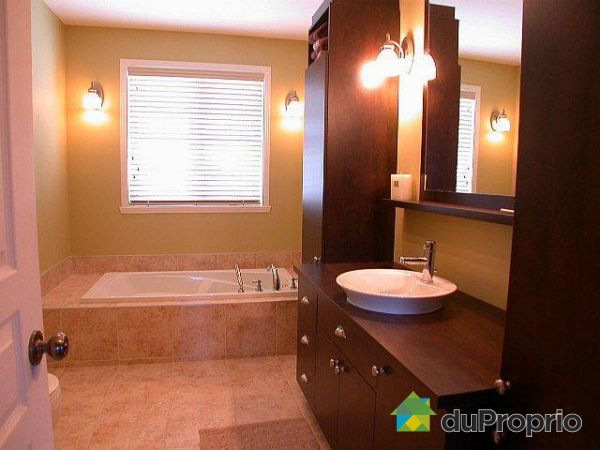 maison vendu tewkesbury immobilier qu bec duproprio 86859. Black Bedroom Furniture Sets. Home Design Ideas
