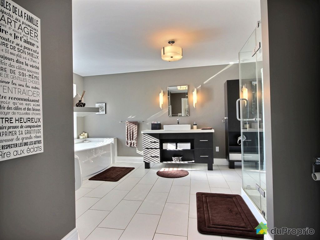 vendre sa maison soi meme gallery of les objets connectes et la maison with vendre sa maison. Black Bedroom Furniture Sets. Home Design Ideas