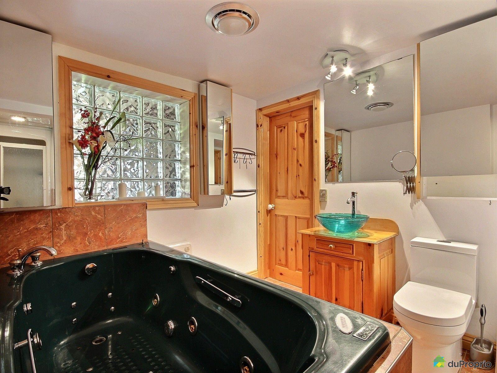 maison vendu orford immobilier qu bec duproprio 536007. Black Bedroom Furniture Sets. Home Design Ideas