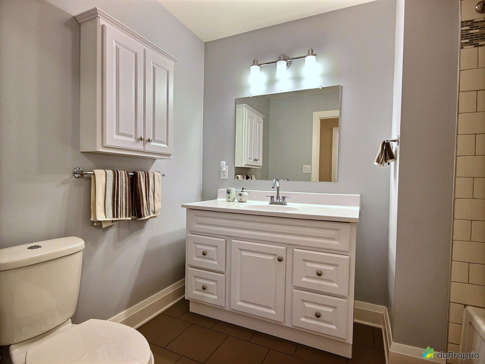 maison vendre wakefield 88 chemin du lac chip immobilier qu bec duproprio 702365. Black Bedroom Furniture Sets. Home Design Ideas