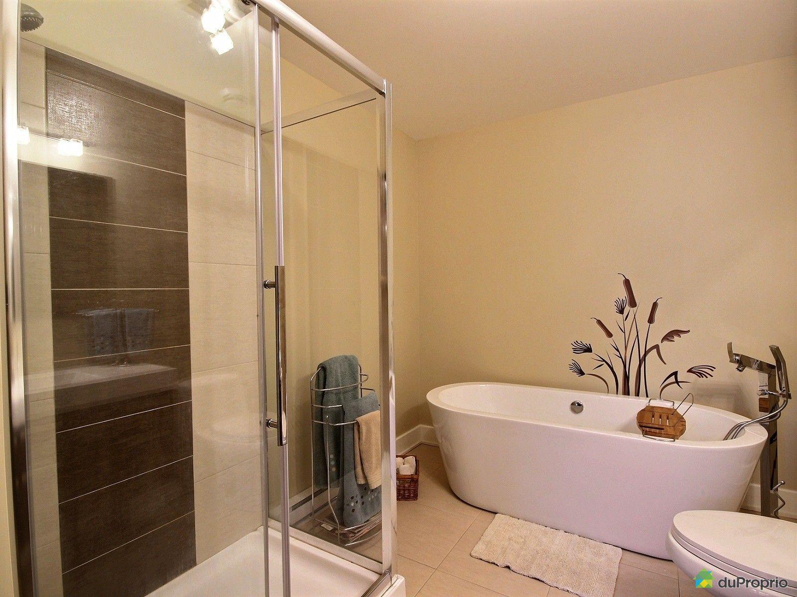 Maison vendre blainville 1192 boulevard du cur labelle for Accessoire salle de bain ville de quebec