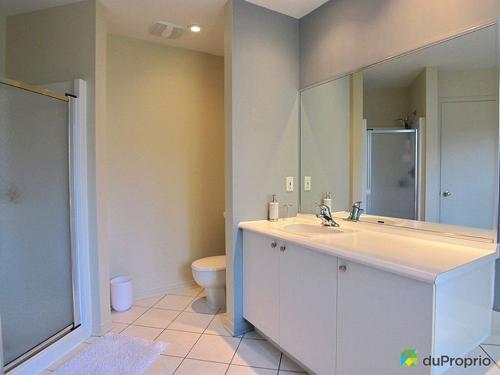 Maison vendu boucherville immobilier qu bec duproprio for Salle de bain commune a deux chambres