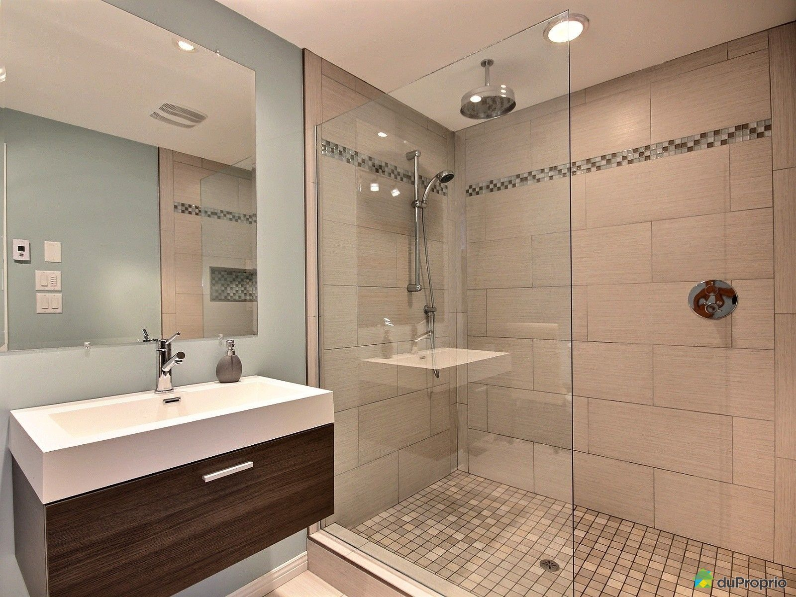 Maison vendu candiac immobilier qu bec duproprio 598233 for Salle de bain commune a deux chambres