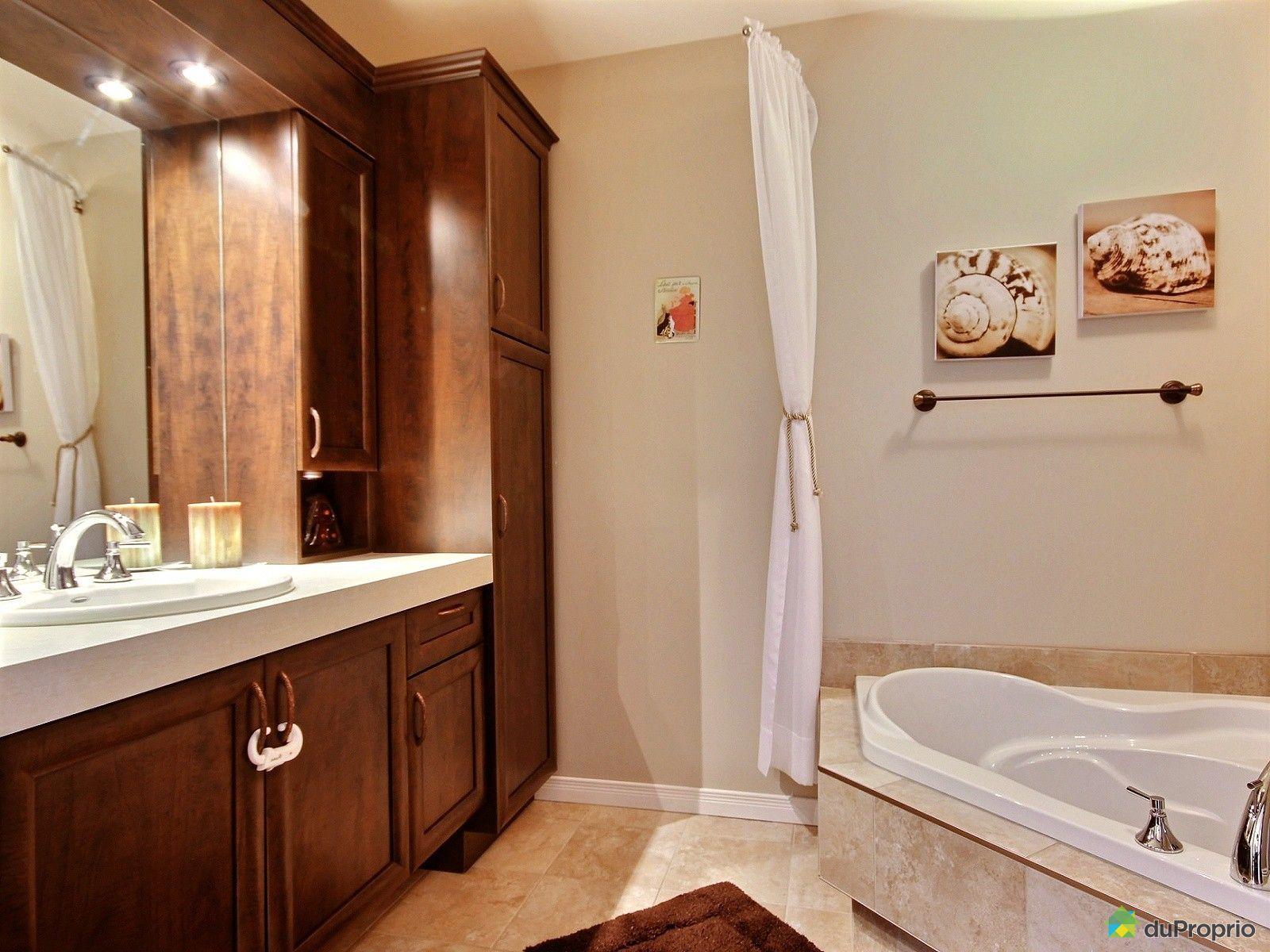Maison vendu chicoutimi immobilier qu bec duproprio for Salle de bain commune a deux chambres