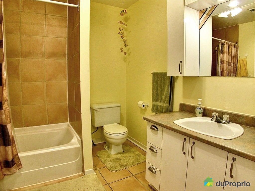 maison vendu deux montagnes immobilier qu bec duproprio 406961. Black Bedroom Furniture Sets. Home Design Ideas