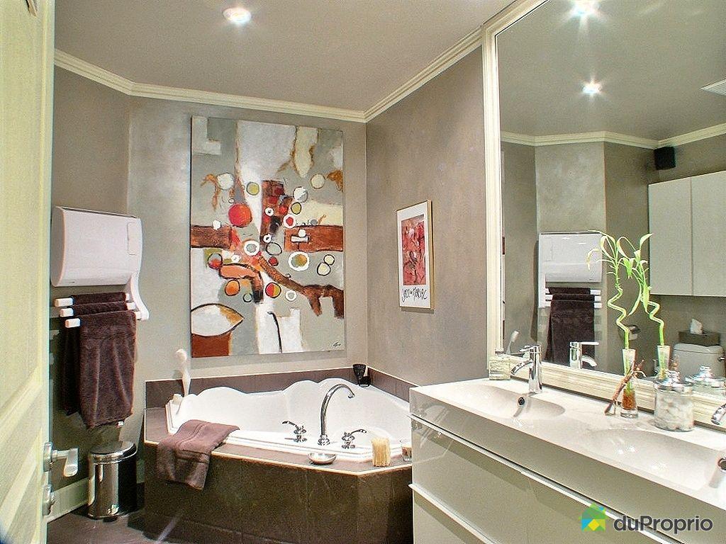 Maison vendu montr al immobilier qu bec duproprio 360303 for Accessoire salle de bain ville de quebec