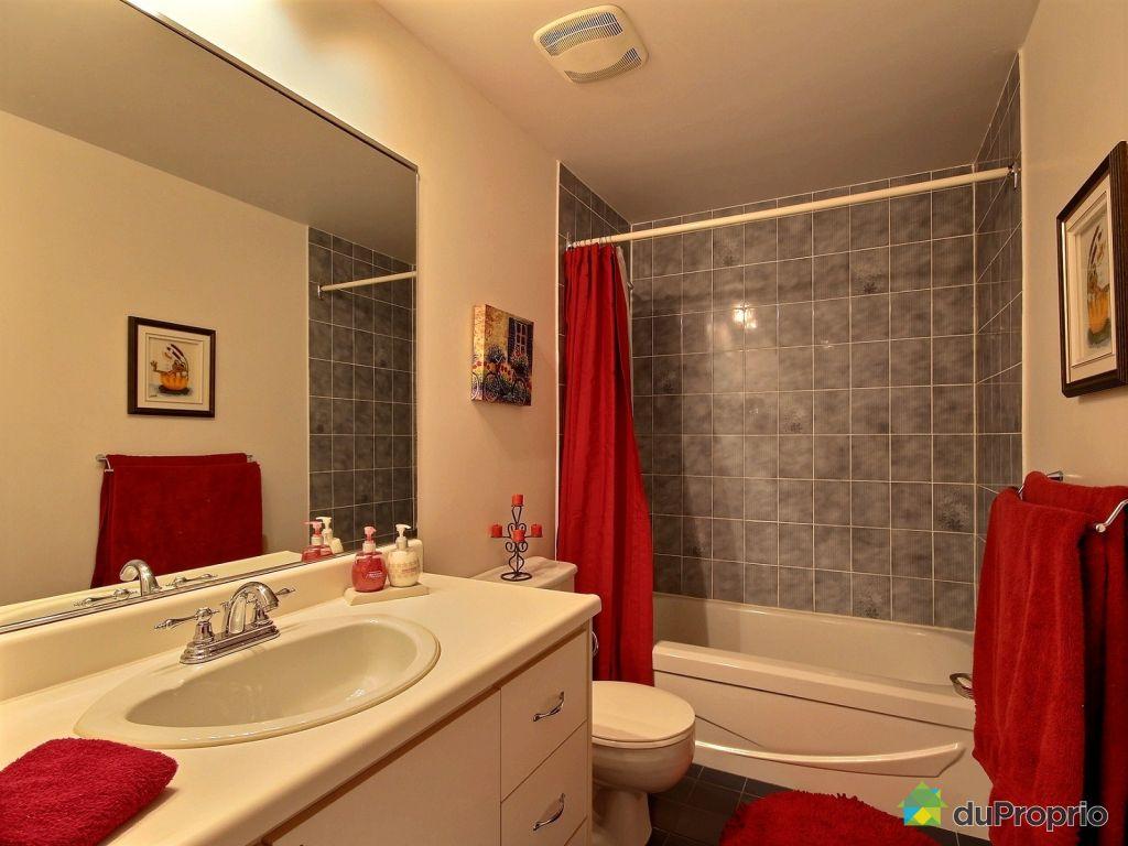 Maison vendu l vis immobilier qu bec duproprio 495231 for Salle de bain commune a deux chambres