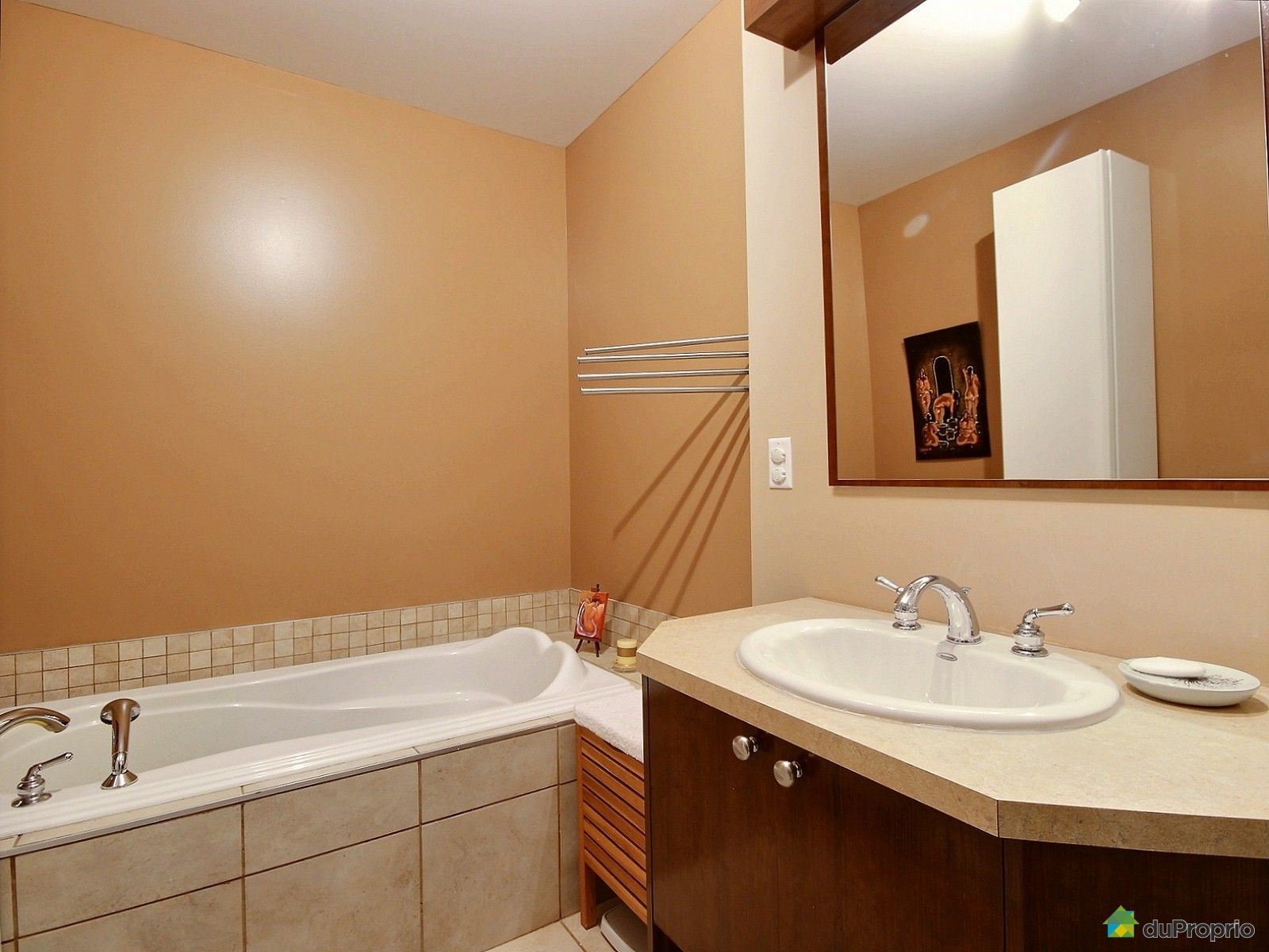 Maison vendu montr al immobilier qu bec duproprio 515231 for Reno salle de bain quebec