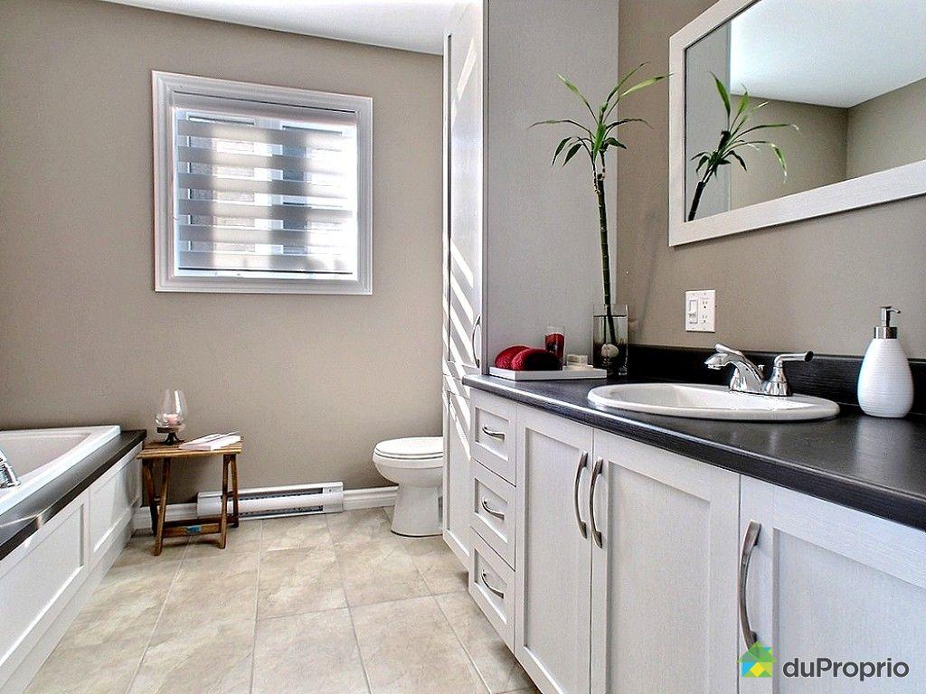 Maison neuve vendu mont joli immobilier qu bec for Salle de bain commune a deux chambres