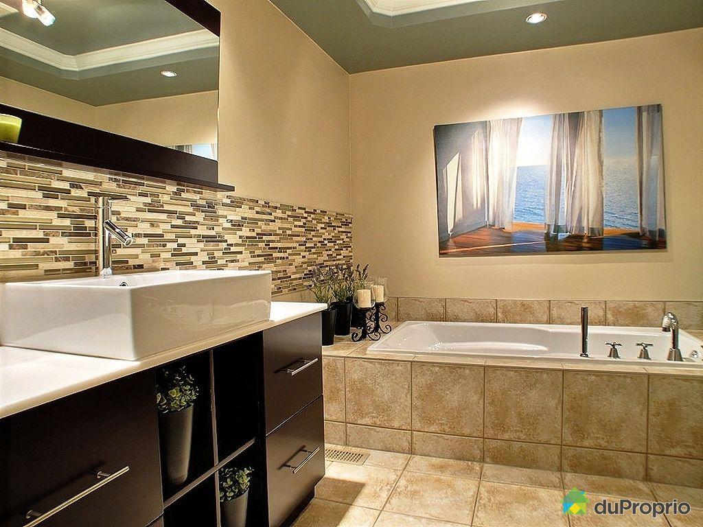 Maison vendu montr al immobilier qu bec duproprio 394575 for Accessoire salle de bain ville de quebec